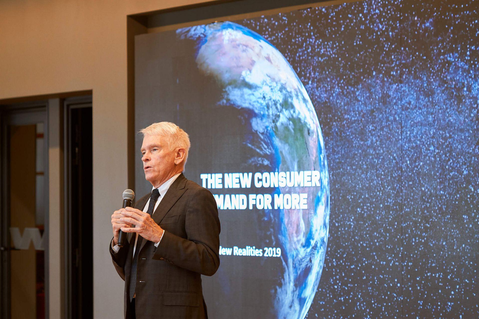Terry Peigh durante apresentação na WMcCann